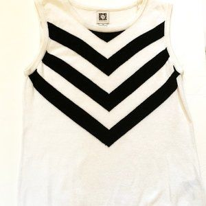 Ann Klein Women's Sleeveless Top Sweater Size M